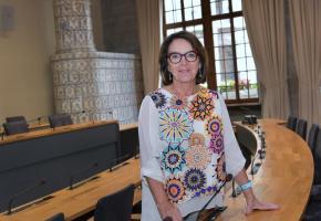 Présidé par Eliane Aubert, le bureau du conseil communal a eu bien du mal à trouver un point de chute pour le législatif de la ville.  VERISSIMO