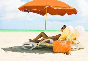 Le soleil peut être nocif. Il faud donc prendre ses précautions pour bronzer de manière optimale.
