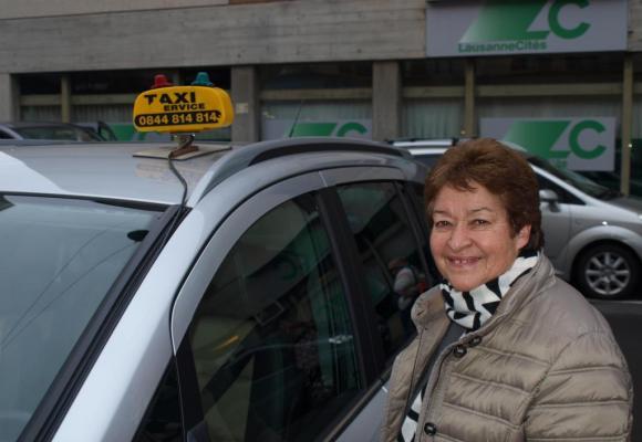 Yvette Dutoit, chauffeure de taxi durant 42 ans à Lausanne. kottelat