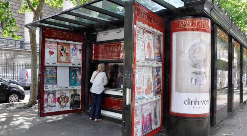 À Paris, les Kiosques Théâtre mettent en vente chaque jour des billets à demi-prix. DR