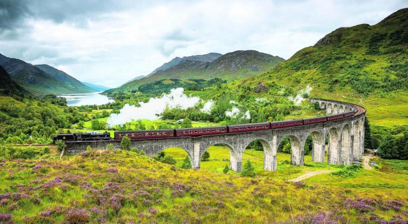 Le célèbre viaduc Glenfinnan, popularisé par Harry Potter.