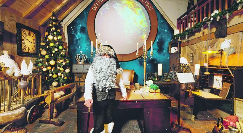 Le hameau du Père Noël. M. MORAVSKI